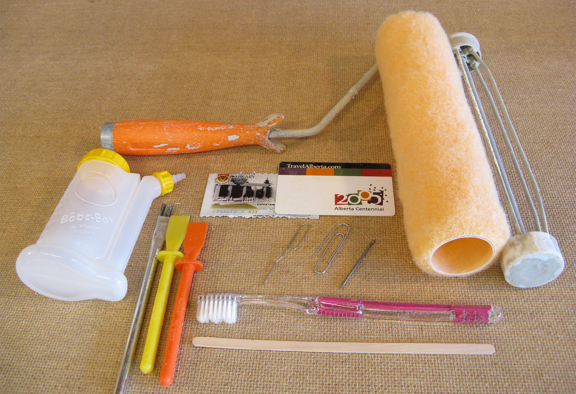 Various types of glue applicators.