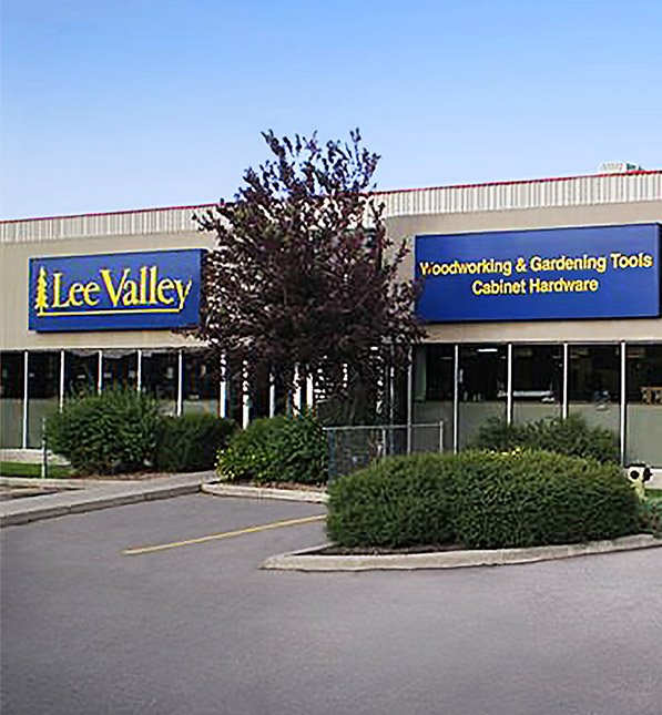 https://assetssc.leevalley.com:443/en-ca/-/media/images/information-pages/22_stores/store-locations/info-cards/calgary-sic.jpg?la=en-ca&revision=97014f9c-fc87-4584-bcbd-d974feb2bfb5&modified=20190508133940&hash=C06587209E746CBFB0AA05476DBCA155AFBA41B7