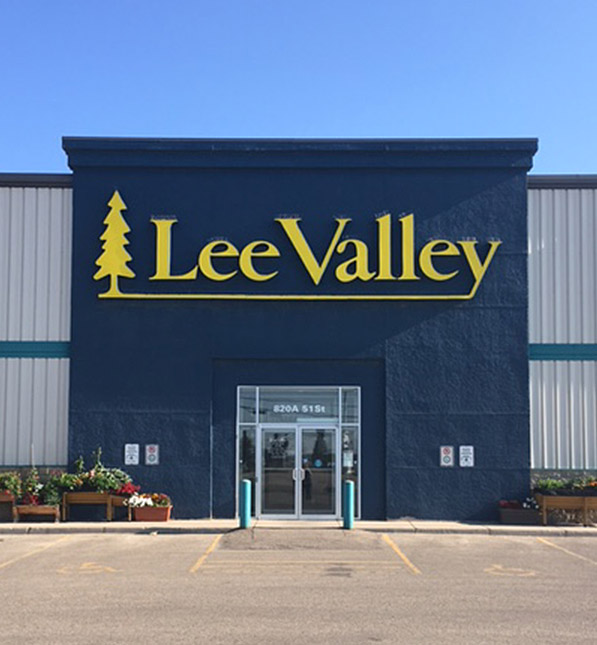 https://assetssc.leevalley.com:443/en-ca/-/media/images/information-pages/22_stores/store-locations/info-cards/saskatoon-sic2.jpg?la=en-ca&revision=6410bd97-946e-4d16-929a-320029002745&modified=20190508185530&hash=A7C1AF6A0C006814D62E7F323497286266E0B8E0