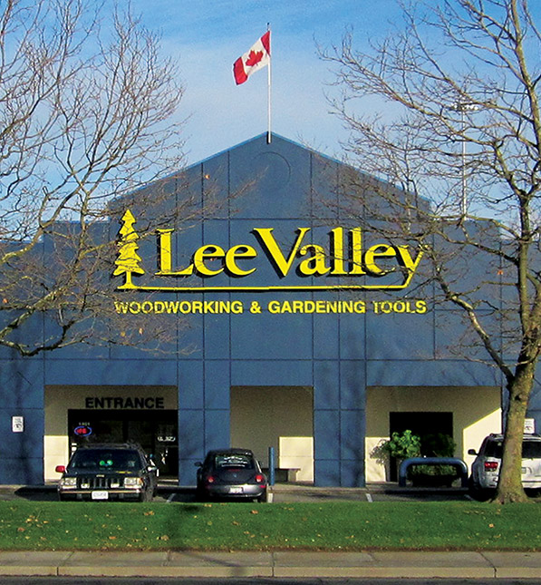 https://assetssc.leevalley.com:443/fr-ca/-/media/images/information-pages/22_stores/store-locations/info-cards/coquitlam-sic.jpg?la=fr-ca&revision=aaebb5be-cf01-454f-8ef9-848f0ddd78fe&modified=20190508133940&hash=A5CC61683E5756991270C2AB2D1C9EA3CD8D4A1E
